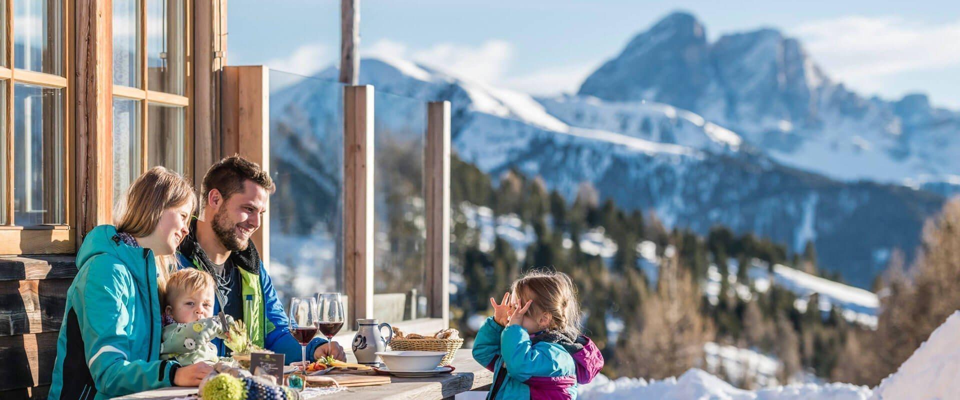winterurlaub-suedtirol-kreuzwiesen-huette