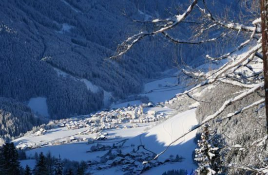 Winter holidays South Tyrol / Kreuzwiese hut 7